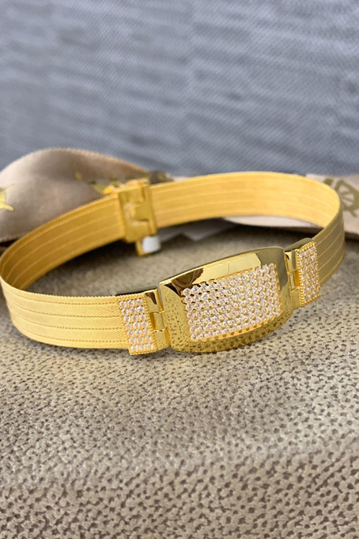 Altın Hasır Taşlı Kelepçe 220005