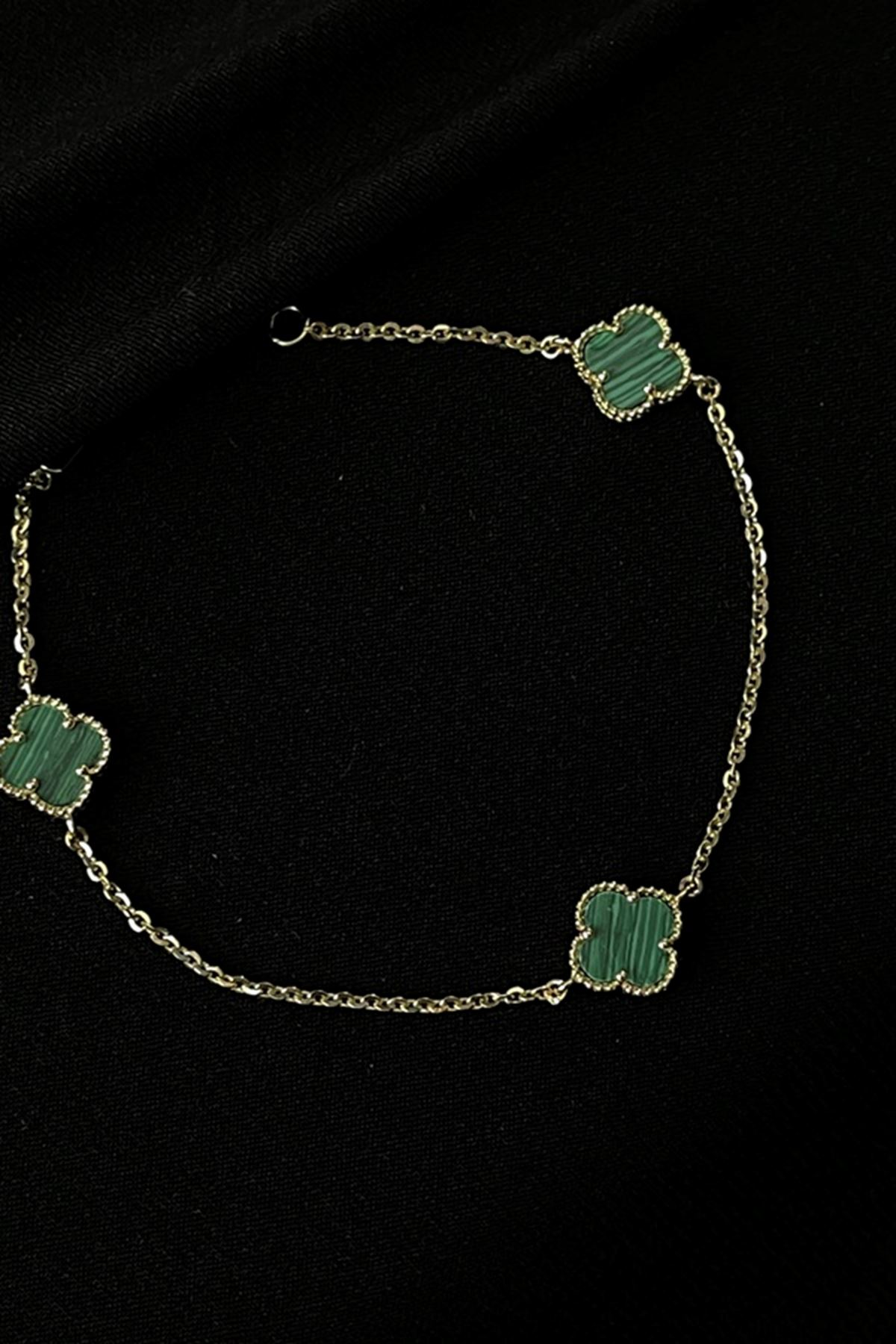 Yeşil Sedef Taşlı Yonca Bileklik BL0327